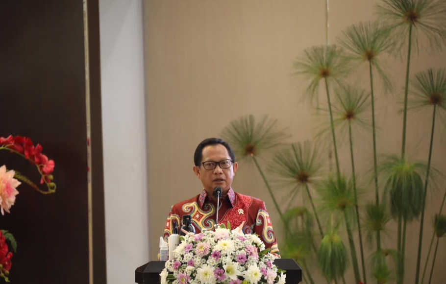 Mendagri, Jenderal Polisi (Purn.) Prof. Drs. H. Muhammad Tito Karnavian, M.A., Ph.D.